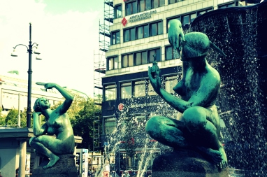 Fountain in Järntorget square - I guess these ladies stand for America and Europe