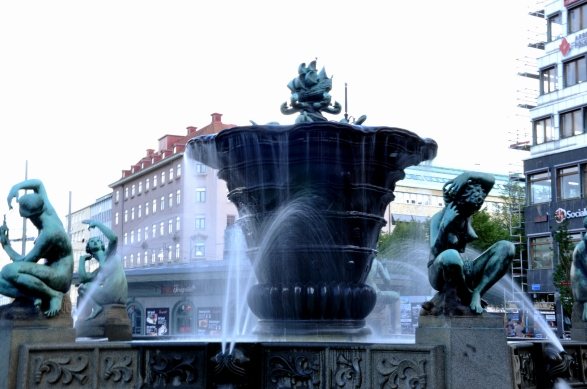 Fountain in Järntorget square